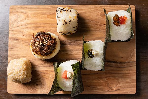 魚介は産地より、明太子は福岡、梅が紀州田辺、つくだにはすべて自店仕込み